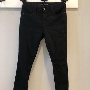 Black Old Navy Rockstar jeans